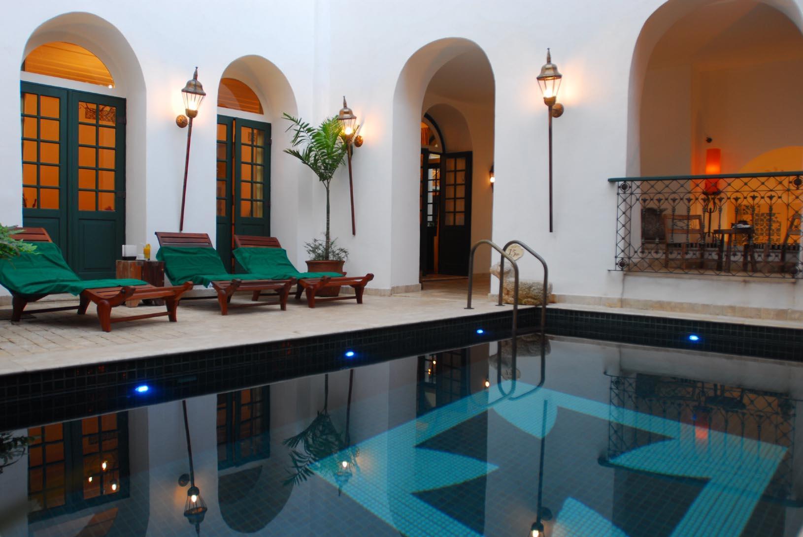 """Voir la page de l'établissement """"Hôtel Villa Bahia"""""""