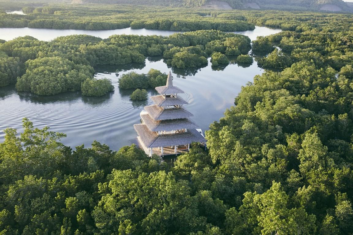 """Voir la page de l'établissement """"Dedon Island Resort"""""""