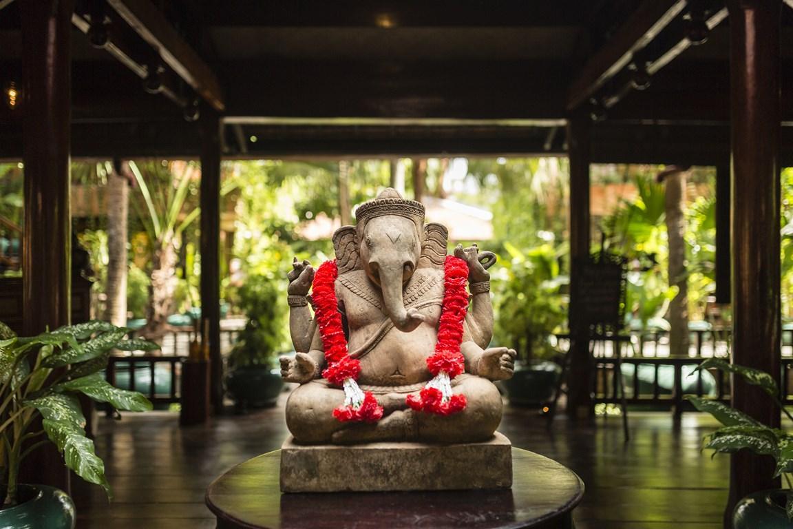 """Voir la page de l'établissement """"Angkor Village Hotel"""""""